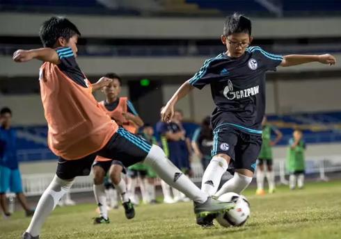 足球青训计划支持
